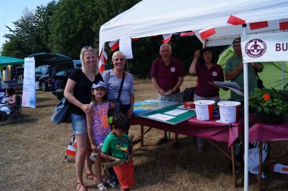 Burnha, Community Association have a French game